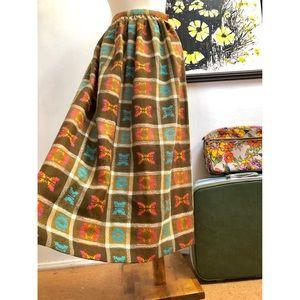 Most GORGEOUS True Vintage Wool Skirt